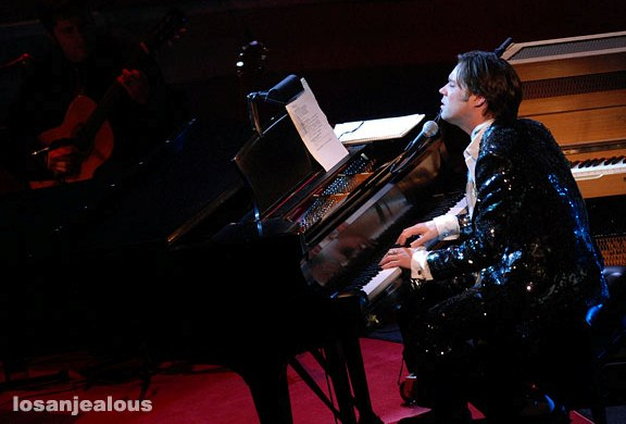 Rufus Wainwright & Belinda Carlisle in <em>Paris à  Go-Go: New Year's Eve in Paris</em> @ Walt Disney Concert Hall, December 31, 2007