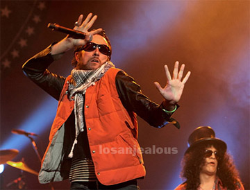 Singer Scott Weiland Back In Rehab