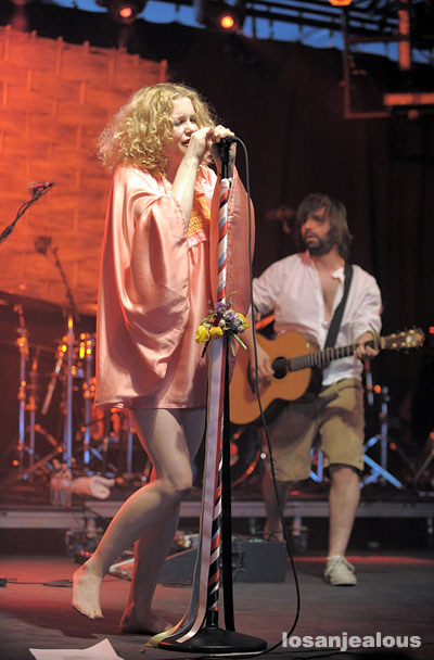 Coachella 2008 Festival Photo Gallery: Goldfrapp