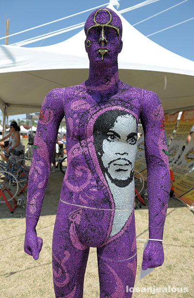 Coachella 2008 Festival Photo Gallery 3-Day Mix, Part 2: Autolux, Bonde Do Role, The Breeders, Duffy, Fatboy Slim, Jens Lekman, Linton Kwesi Johnson, Sia, Tegan & Sara and… Prince?
