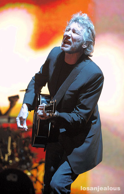 Coachella 2008 Festival Photo Gallery: Roger Waters Performing <em>Dark Side of the Moon</em>