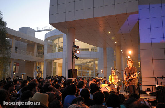 Getty to Offer Free Parking For Skinny-Jeaned Concertgoers, $15/Car Everybody Else