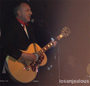 Pete Townshend Joining Rachel Fuller @ Troubadour This Friday; Limited Tickets May Surface