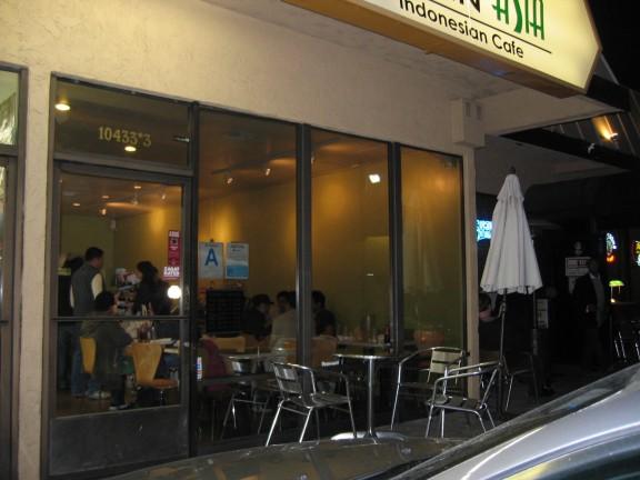 Simpang Asia cafe front