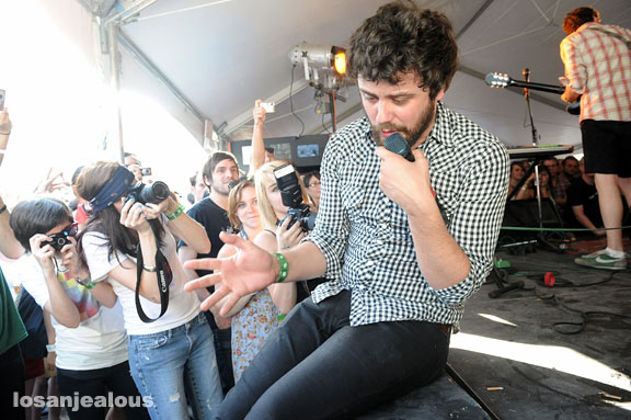 SXSW '09: Passion Pit @ Radio Room