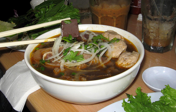 Under $10: Pho Minh, South El Monte