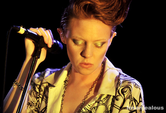 La Roux, Troubadour, July 24, 2009