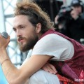 Edward_Sharpe_and_the_Magnetic_Zeroes_07