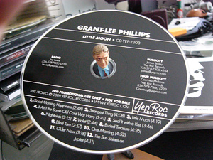 Grant-Lee Phillips Shines on <em>Little Moon</em>