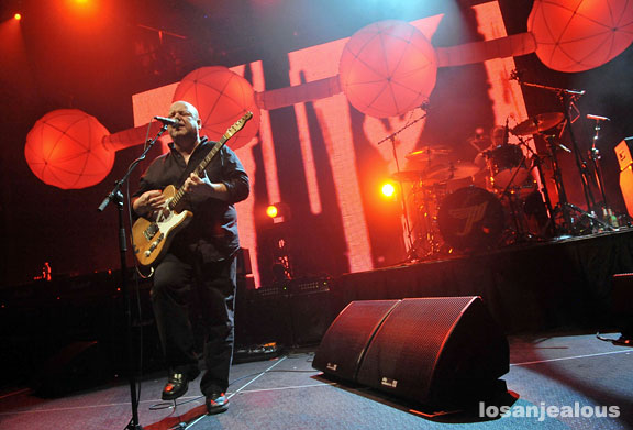 Pixies, Peforming <em>Doolittle</em>, Hollywood Palladium, November 4, 2009