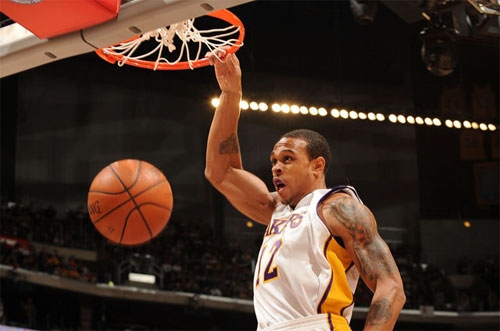 a3b42d65b Laker Shannon Brown Headed to 2010 NBA Slam Dunk Contest