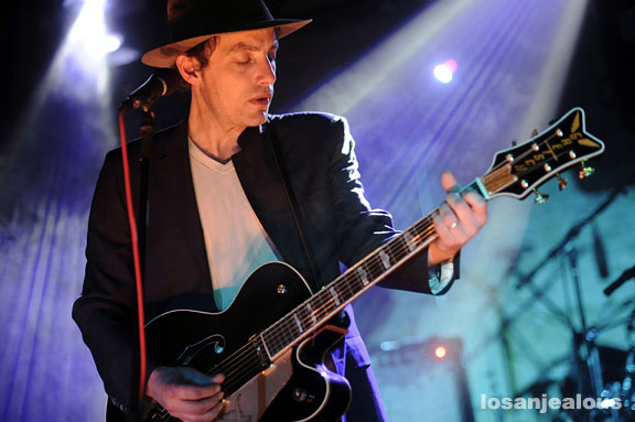 Jakob_Dylan_and_Three_Legs_SXSW_2010_15
