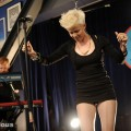 robyn_amoeba_hollywood__07-23-10_06