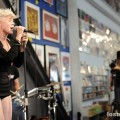 robyn_amoeba_hollywood__07-23-10_12