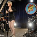 robyn_amoeba_hollywood__07-23-10_16