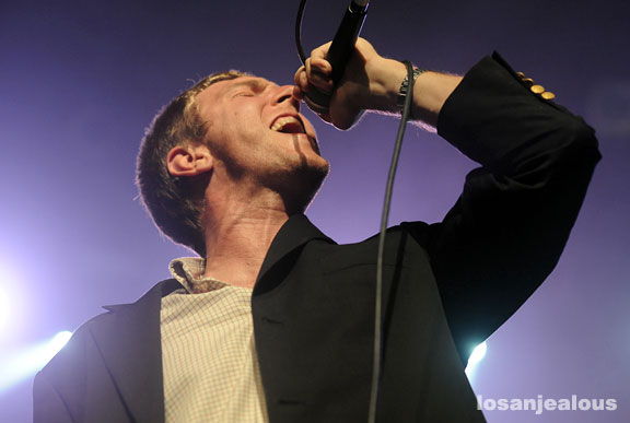 the_walkmen_the_music_box_09-15-10_16