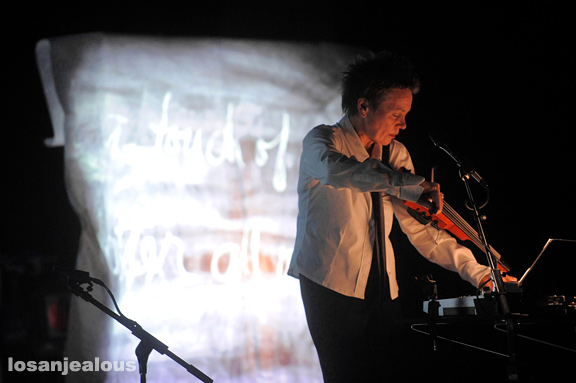 Photos: Laurie Anderson at UCLA Royce Hall, October 21, 2010
