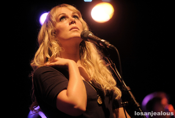 Photos: Isobel Campbell & Mark Lanegan at the El Rey Theater, October 29, 2010
