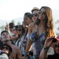 crowd_coachella_2011_02