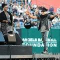 Lenny_Kravitz_Angel_Stadium_June_18_2011_02