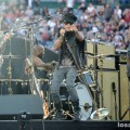 Lenny_Kravitz_Angel_Stadium_June_18_2011_04