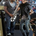 Lenny_Kravitz_Angel_Stadium_June_18_2011_05