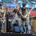 Lenny_Kravitz_Angel_Stadium_June_18_2011_10