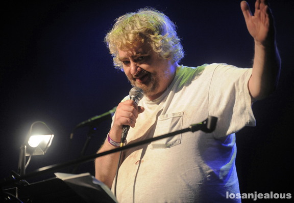 Photos: Daniel Johnston w/ Jason Falkner & SoKo, El Rey Theatre, July 22, 2011