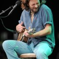 eddie_vedder_santa_barbara_bowl_07-09-11_06