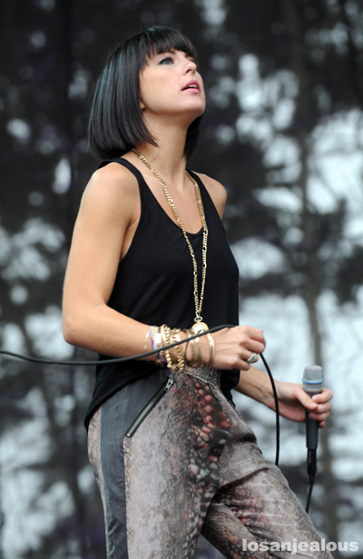 phantogram_2011_outside_lands_05