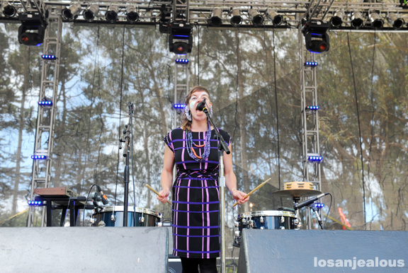 tUnE-yArDs_2011_outside_lands_03