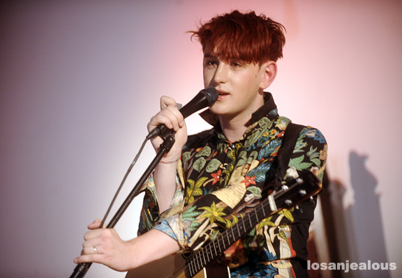Patrick_Wolf_Hollywood_Forever_Cemetery_09-13-11_18