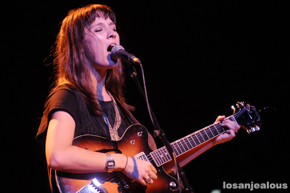 Photos: Cate Le Bon @ The Music Box, October 18, 2011