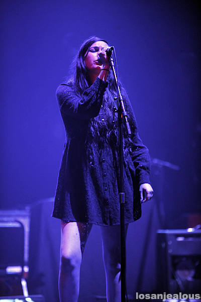 Cults_Wiltern_Theatre_10-15_11_02