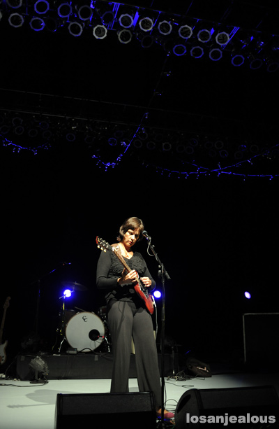 laetitia_sadier_greek_theatre_10-04-11_06