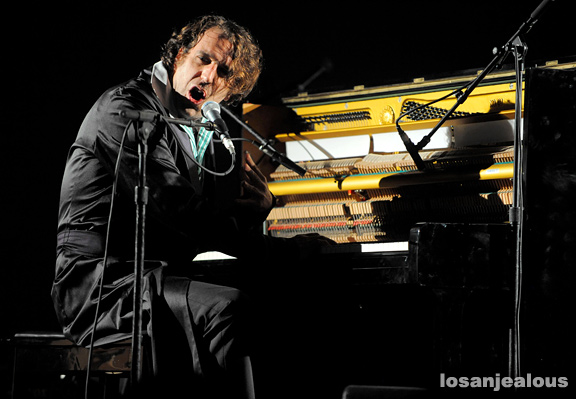 Photos: Chilly Gonzales @ The Wiltern, November 12, 2011