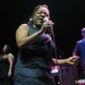 Sharon_Jones_Dap-Kings_12-01-11_04