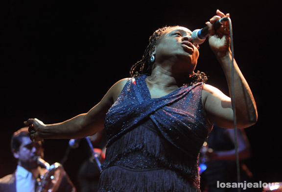 Photos: Sharon Jones and The Dap-Kings @ Gibson Amphitheatre, December 1, 2011
