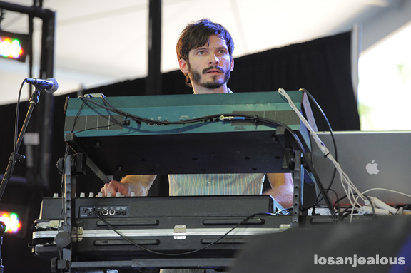 GIVERS_Coachella_2012_10