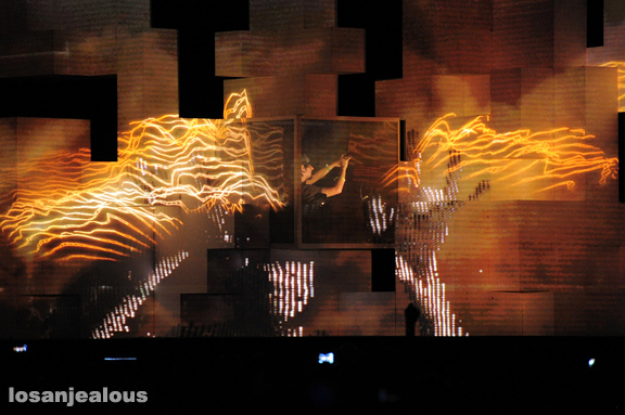 Amon_Tobin_Coachella_2012_02