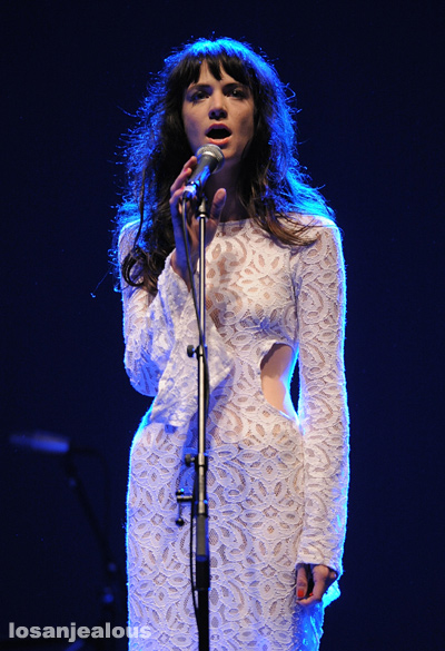 Nikki_Lane_Wiltern_05-22-12_01