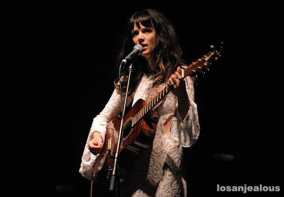 Nikki_Lane_Wiltern_05-22-12_12