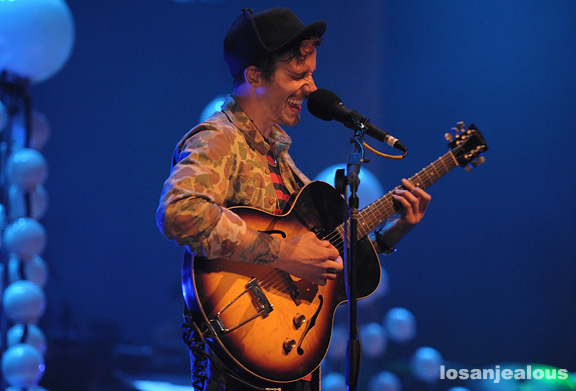 Portugal._The_Man_UCLA_Royce_Hall_05-16-12_03
