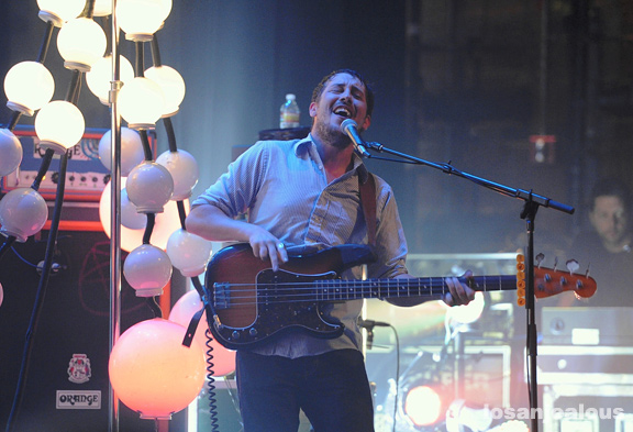Portugal._The_Man_UCLA_Royce_Hall_05-16-12_04