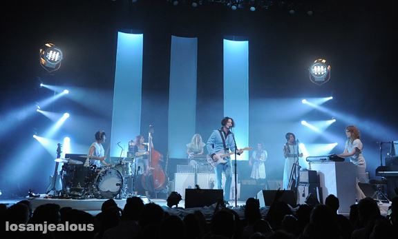 Jack_White_The_Wiltern_05-31-12_01