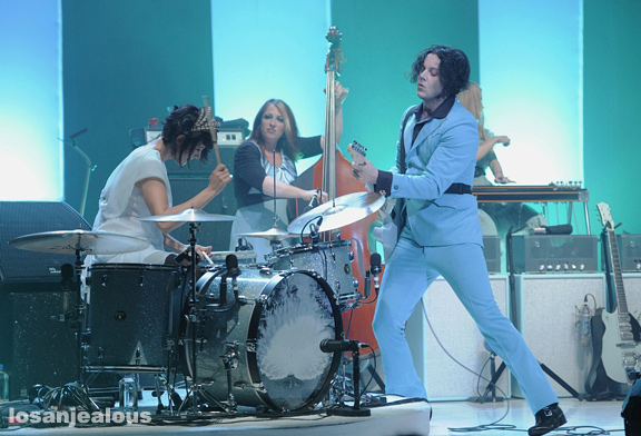 Jack_White_The_Wiltern_05-31-12_04