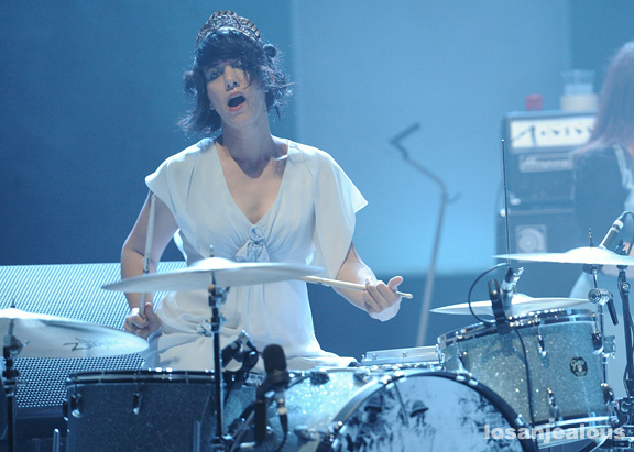 Jack_White_The_Wiltern_05-31-12_13
