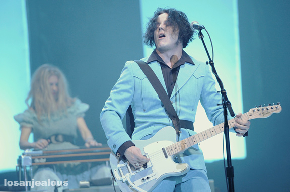 Jack_White_The_Wiltern_05-31-12_15