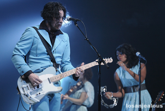 Jack_White_The_Wiltern_05-31-12_18
