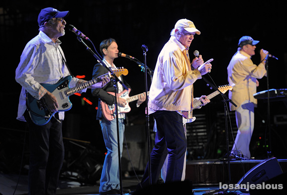 The_Beach_Boys_VWA_06-02-12_08